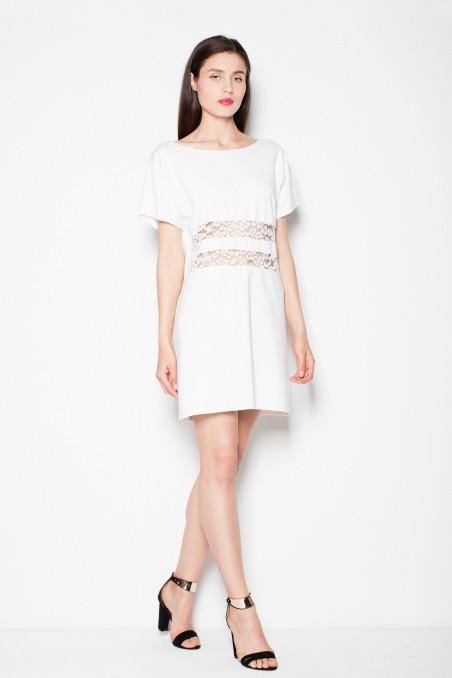 Balta trumpa suknelė su permatomomis juostomis