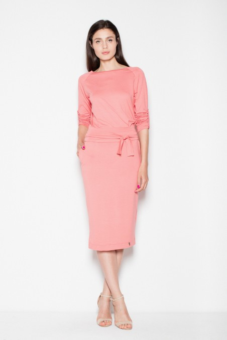 Rožinė midi suknelė su raišteliu
