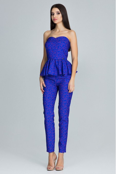 Elegantiškas mėlynas kostiumėlis
