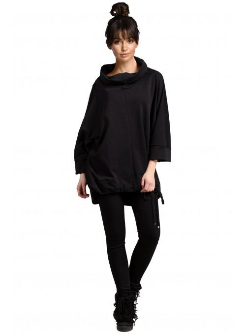 Platus juodas džemperis