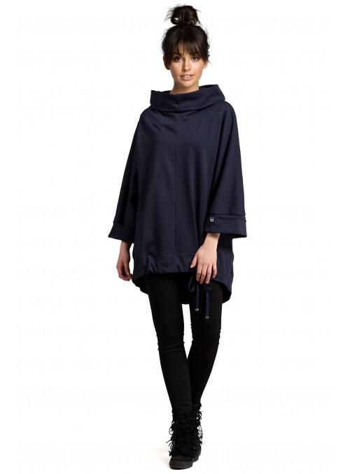 Platus tamsiai mėlynas džemperis