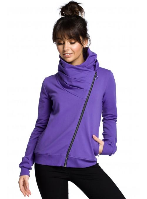 Violetinis megztinis su asimetrišku užtrauktuku