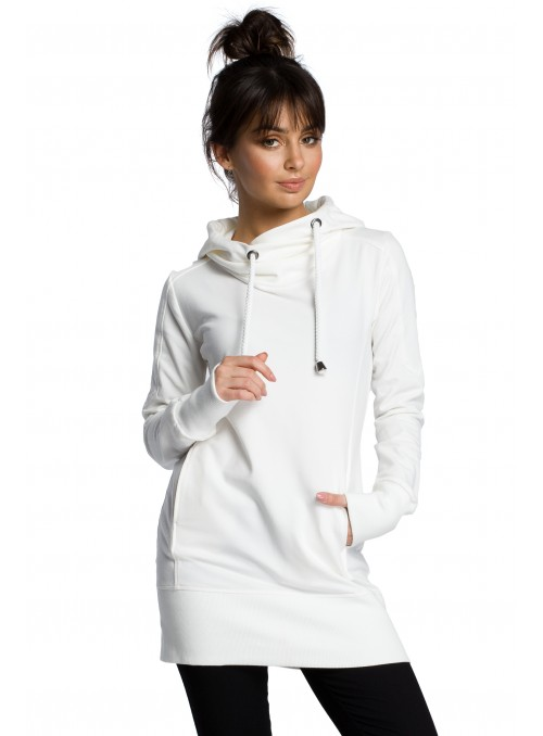 Ilgas baltas džemperis su gobtuvu