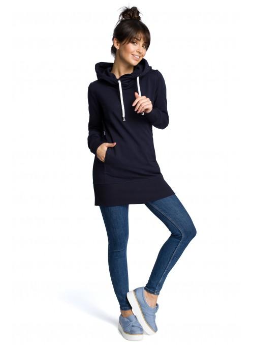 Ilgas tamsiai mėlynas džemperis su gobtuvu